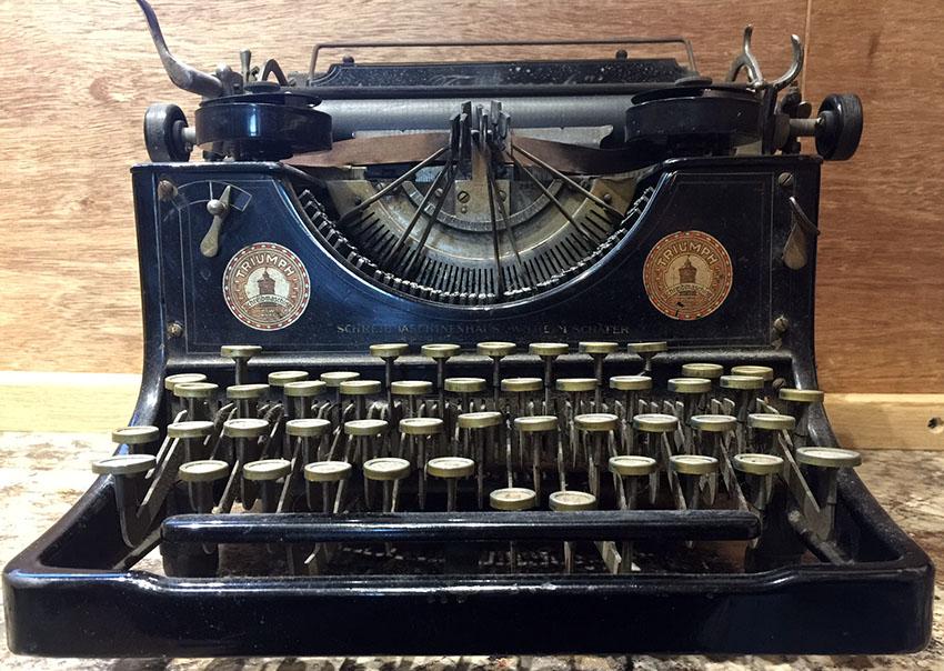 1919-triumph-typewriter-07