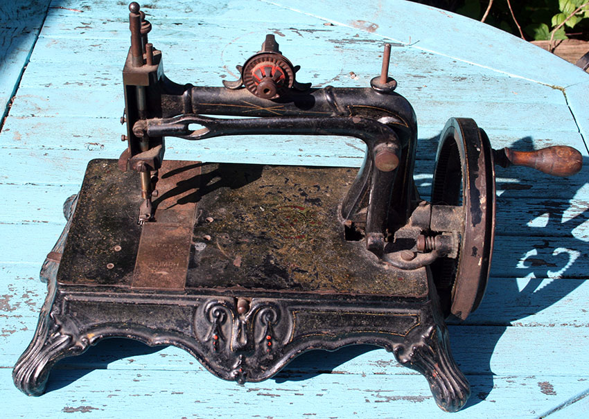 1879 Thomas McGrah Sheffied Triumph sewing machine 20