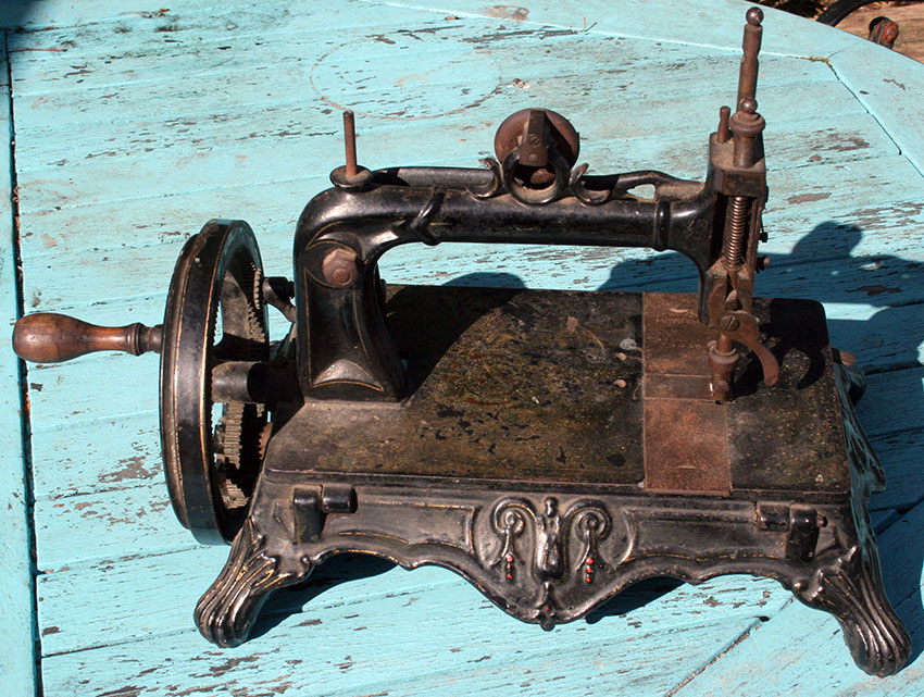1879 Thomas McGrah Sheffied Triumph sewing machine 46